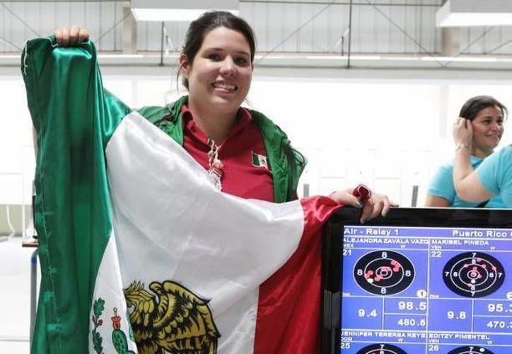 Las deportistas mexicanas practicantes de tiro, Alejandra Zavala Vázquez (foto) y Karen Quezada, quedaron en primer lugar en el Torneo Intershoot disputado en Holanda. (Foto de archivo de aymsport.net)