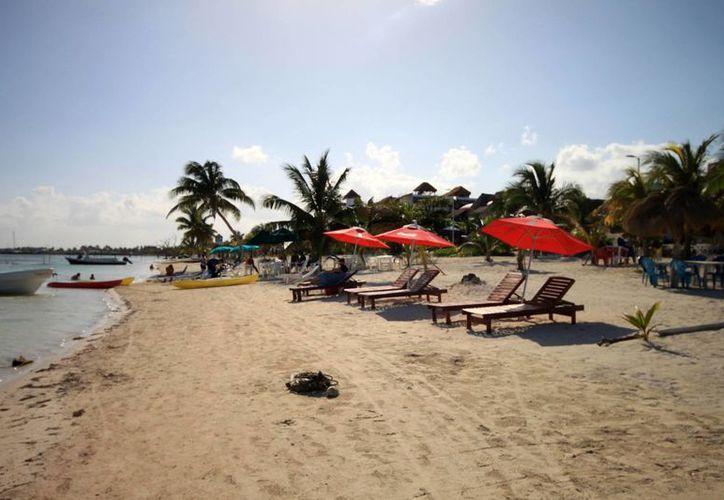 Quintana Roo salió sin problemas, ya que estuvo entre los primeros lugares, principalmente en la cloración de agua y playas limpias. (Harold Alcocer/SIPSE)