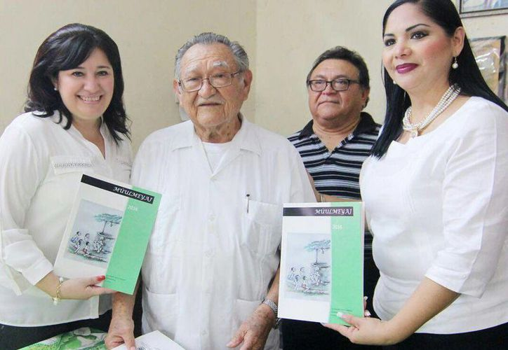 El galardón Diputado Pánfilo Novelo Martín, que se entregará el próximo lunes 9 al profesor Elly Yerbes Ceballos, en sesión solemne del Congreso de Yucatán, es un reconocimiento al compromiso con de las misiones culturales. (Fotos cortesía del Gobierno de Yucatán)