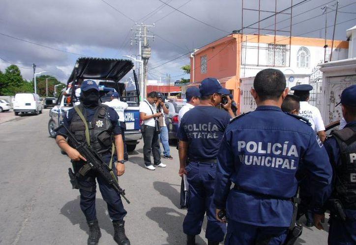 La policía enfrenta la delincuencia en el municipio. (Redacción/SIPSE)