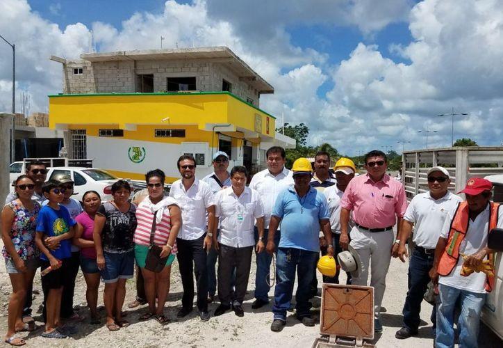 Durante varios meses de repararon las fugas en la tubería de suministro de agua potable. (Gustavo Villegas/ SIPSE)