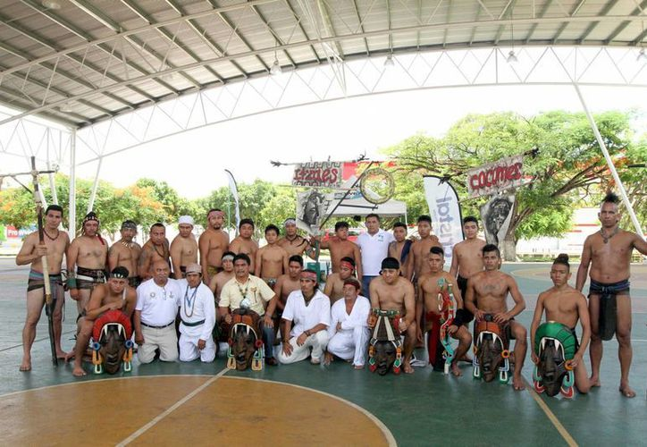 Playa del Carmen se convirtió en el máximo ganador de la Primera Copa Peninsular de Juego de Pelota Maya 'Pok ta pok' y con ello el derecho a representar a México en la primera justa mundial de la especialidad. (Notimex)