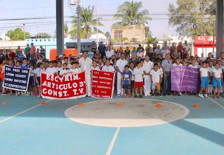 Los juegos realizados en Solidaridad incluyen disciplinas como ajedrez, atletismo, básquetbol, fútbol, entre otros. (Redacción/SIPSE).