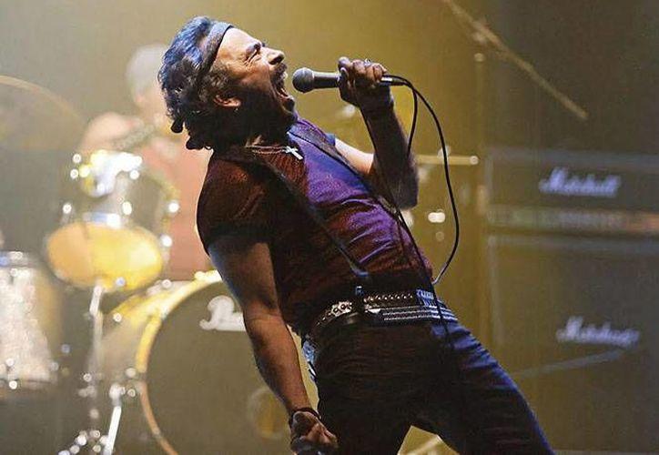 El filme da cuenta de un grupo de rock que, tras de 30 años de ausencia, quiere recuperar su espacio, indicó Damián Alcázar. (excelsior.com.mx)