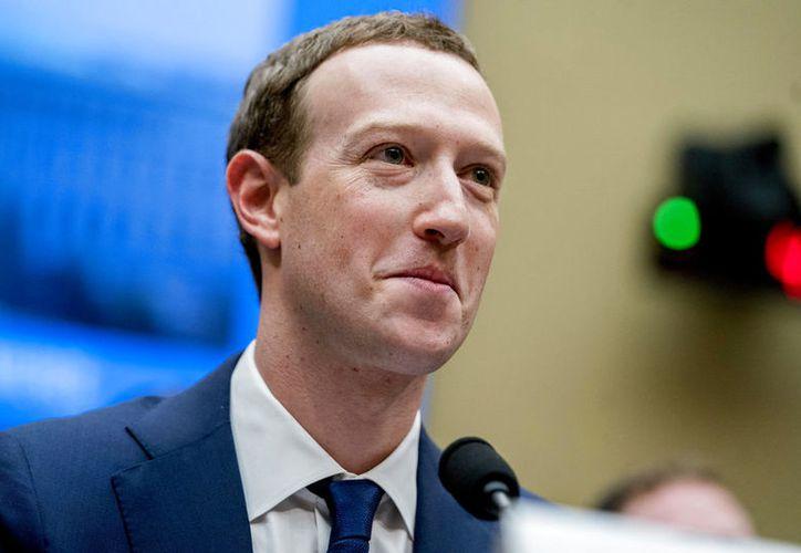 Mark Zuckerberg compareció ante el senado y el congreso en Estados Unidos. (AP)