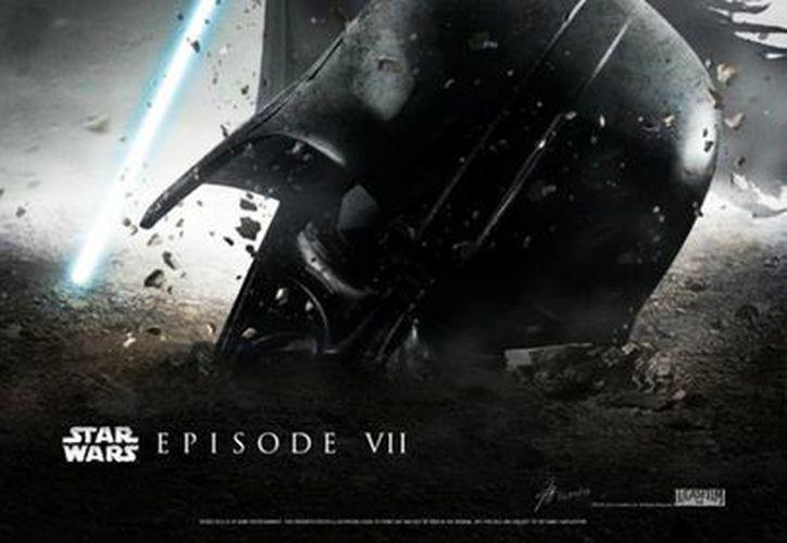 Imagen del poster de la cinta Star Wars: Episodio VII, que se estrena este año en las pantallas del mundo. (comicfolders.com)