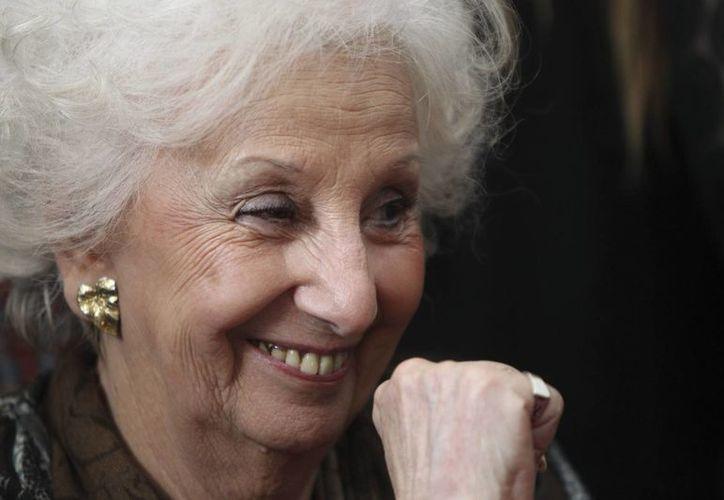 Estela de Carlotto, líder de las Abuelas de la Plaza de Mayo, recientemente encontró a su nieto, a quien buscó por más de treinta años. (EFE)