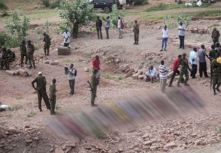 Las autoridades sospechan que los autores del ataque son miembros del grupo Al-Shabab. (Archivo/EFE)