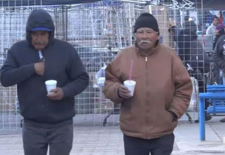 Las bajas temperaturas en Ciudad Juárez intoxicaron a 24 personas. (Televisa)