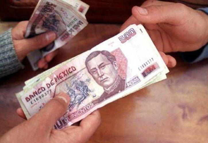 Antes de adquirir un préstamo en alguna empresa corrobora que a la larga la deuda no se vuelve impagable por los intereses, comisiones y el CAT. (eleconomista.com.mx)