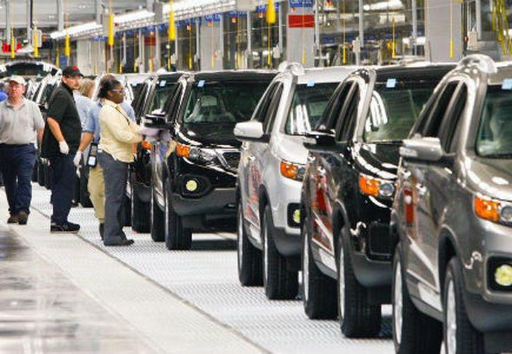 El avance de México en el Ranking mundial fue impulsado por el crecimiento en el comercio de vehículos en cinco estados. (Contexto/Internet).