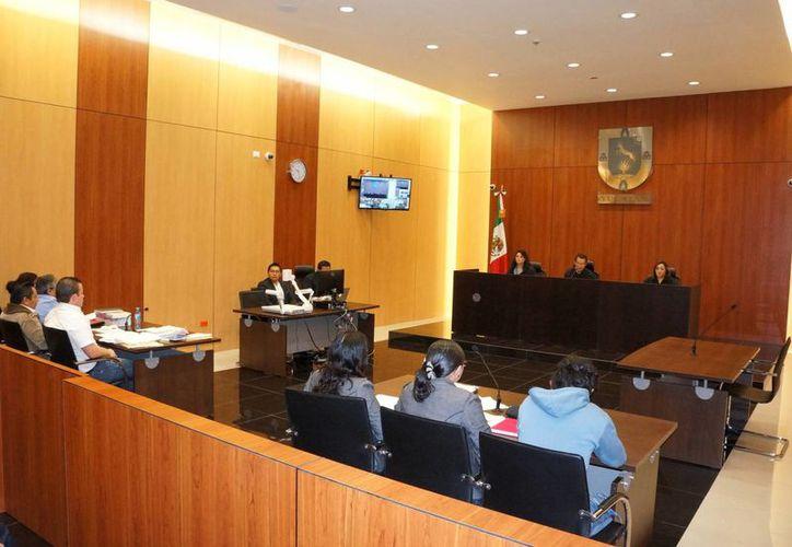 Ayer se llevó a cabo un juicio oral sobre un crimen ocurrido en Celestún. (Milenio Novedades)