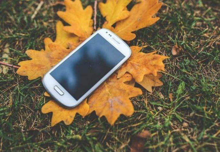 Está por llegar otra fase del apagón analógico en la que se involucrará a la telefonía celular. (Foto: Visual Hunt)