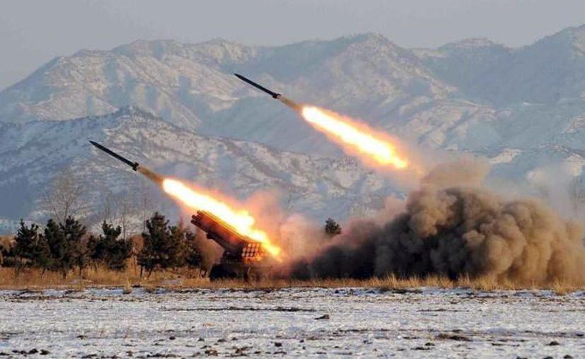 Corea del Norte ha lanzado este viernes lo que parece ser un misil balístico, según informó el Pentágono. (AFP).