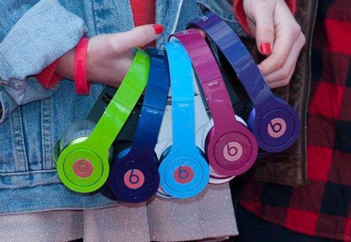 La venta de la marca Beats a Apple convierte al ahora exdueño, el rapero Dr Dre, en el artista hip-hop más rico del mundo. (Foto de contexto/excelsior.com.mx)
