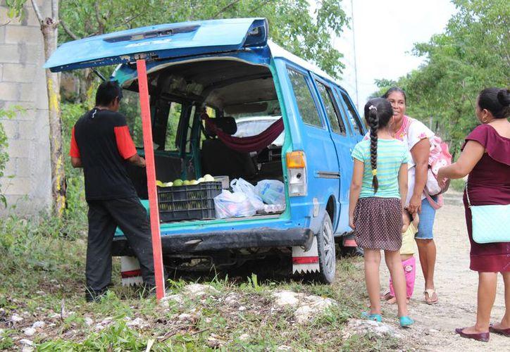 El habitante describió las complicaciones que tienen en Las Torres. (Adrián Barreto/ SIPSE)