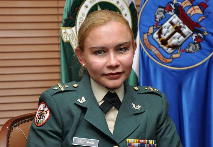 Imagen de la nueva generala del Ejército colombiano, María Paulina Leguizamón Zárate. (Foto: http://deracamandaca.com)