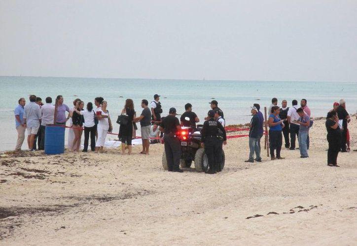 Un rayo acabó con la vida de tres niñas de 13 años que vacacionaban en Playa del Carmen. (Octavio Martínez/SIPSE)