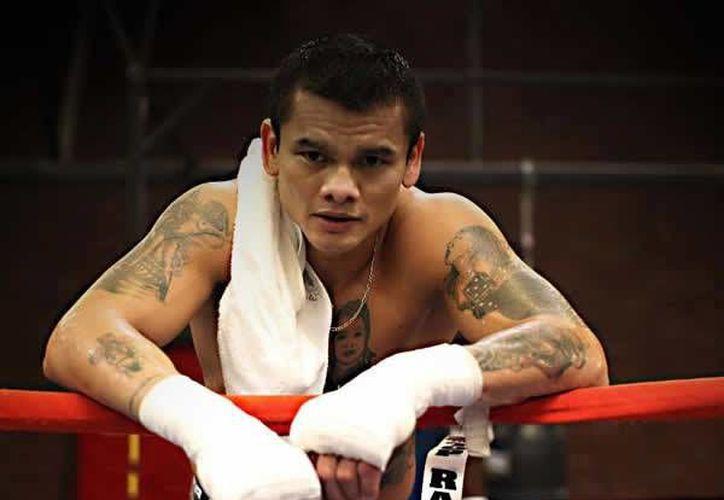 El boxeador argentino anunció su retiro del pugilismo al registrar un año de ausencia en los cuadriláteros, su última pelea como profesional fue contra Mayweather y recibió una derrota. (Facebook oficial: Marcos Maidana)