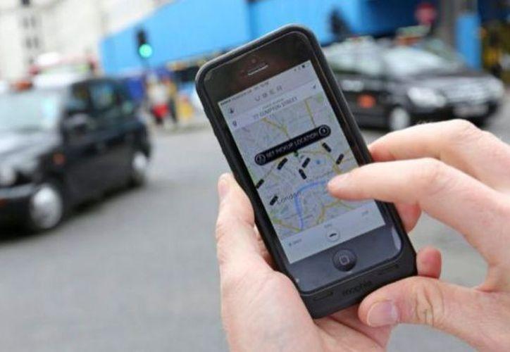 El conductor de Uber enfrenta 10 cargos penales, entre ellos violación forzada y robo en primer grado.  (Foto: El Independiente)