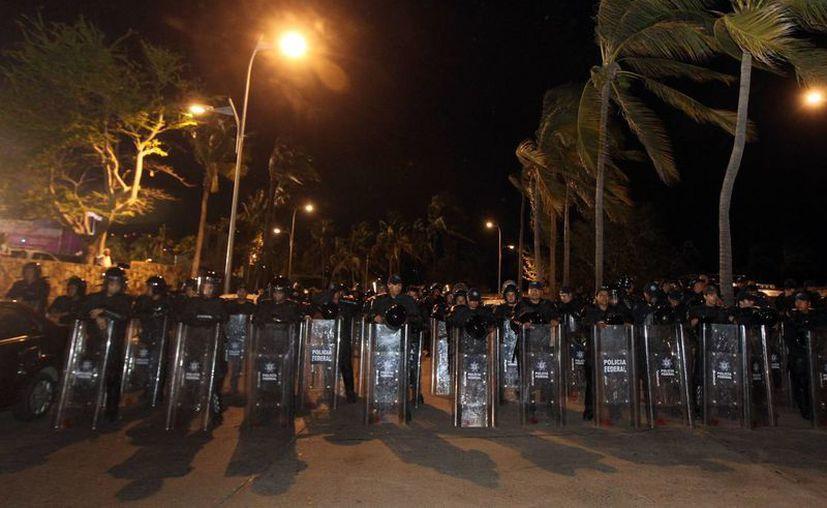 En lo que representa un golpe a la seguridad, la Gendarmería dejará de percibir casi la tercera parte de los recursos que se le autorizaron para este año. En la foto, la Gendarmería en Tampico. (Notimex)