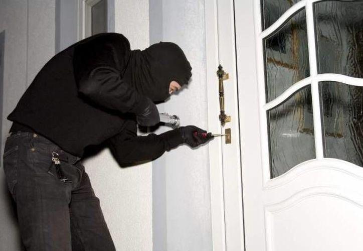 Revisar el estado de las cerraduras de las puertas, es indispensable antes de salir. (Foto: Contexto/Internet)