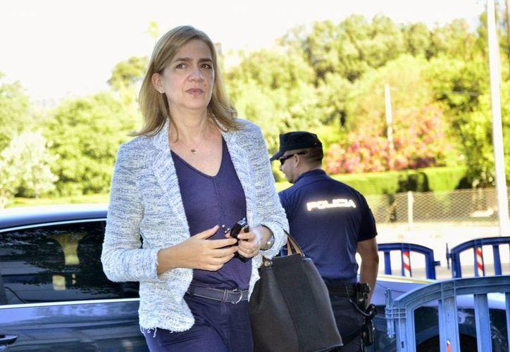 La ONG 'Manos Limpias' pide ocho años de prisión para la hermana del rey Felipe VI. (EFE)