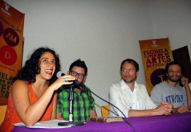 Artistas participantes ofrecieron conferencia de prensa. (Juan Albornoz/SIPSE)