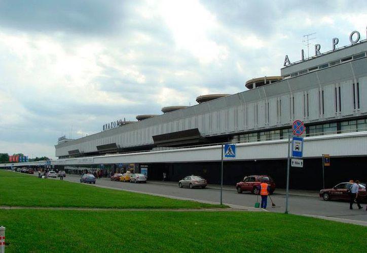 El aeropuerto de Pulkovo, que hoy fue evacuado por una amenaza de bomba, está en la segunda ciudad más importante de Rusia: San Petersburgo. (Imagen únicamente ilustrativa tomada de aeropuertos.net)