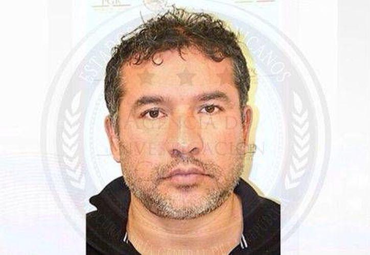 El 17 de octubre de 2015 Sidronio Casarrubias, hermano de Adán Zenen Casarrubias Salgado, fue detenido. (@PGR)