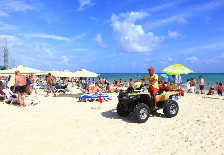 Los turistas nacionales provenientes de Ciudad de México, Monterrey, Guadalajara son los más interesados en viajar a Playa del Carmen. (Redacción/SIPSE).