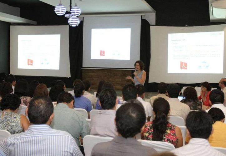Se inauguró el I Foro de Cuidados Paliativos y Farmacias 2015, en Mérida. (Jorge Acosta/SIPSE)