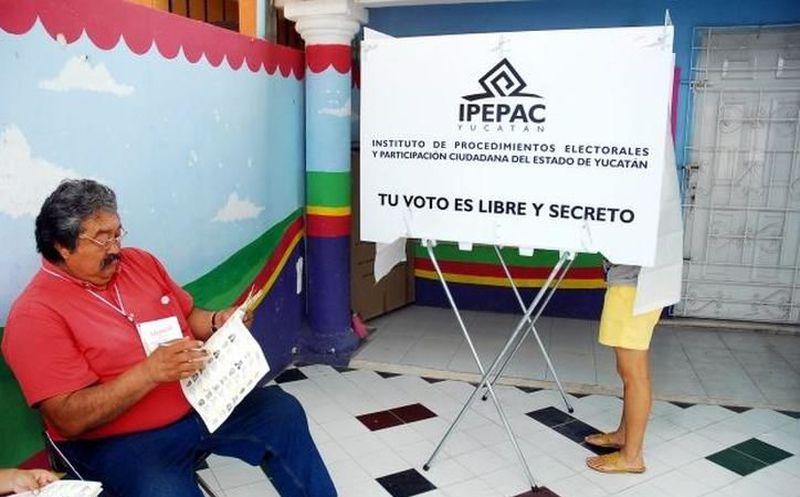 En las últimas cuatro elecciones federales en Yucatán, de 2006 a 2015, la participación ciudadana a las urnas en los dos distritos electorales con cabecera en Mérida. (Milenio Novedades)