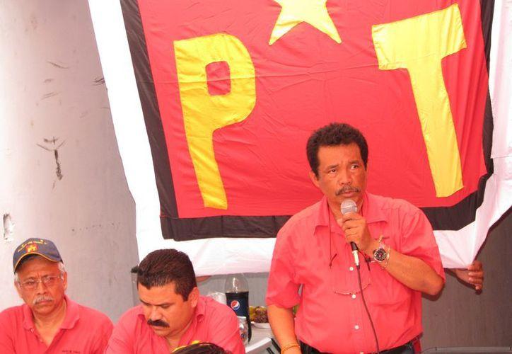 Hernán Villatoro Barrios, el presidente estatal del PT. (Redacción/SIPSE)