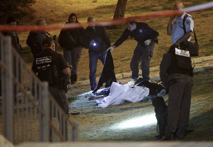 Israel asegura que la ola de violencia contra sus ciudadanos es parte de una campaña de odio promovida por Palestina. (AP)