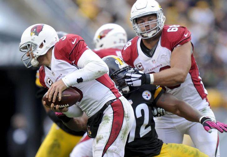 Los Cardenales van por su tercera victoria en casa para alejarse en el oeste de la NFC de los Rams. (Foto: AP)