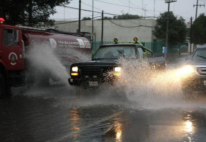 Las lluvias fuertes se darán en Oaxaca, Tabasco, Veracruz, Michoacán, Guerrero, Morelos y Tamaulipas, entre otros. (Notimex)