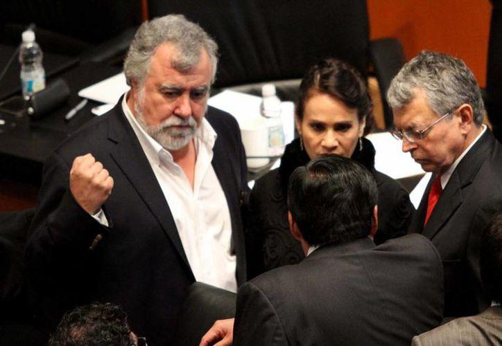 Alejandro Encinas rechazó que los cambios constitucionales no puedan someterse a consideración de los ciudadanos. (Archivo/Notimex)