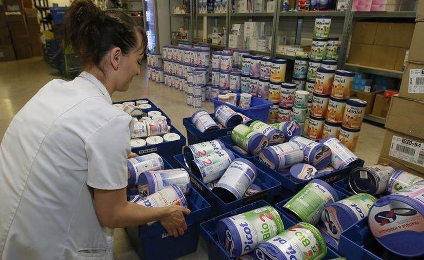 La multinacional retirará lotes en 83 países procedentes de la fábrica francesa investigada. (Foto: El Periódico)