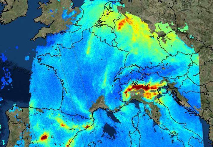 El Sentinel-5P puede registrar los niveles atmosféricos de muchos contaminantes dañinos. (AP).