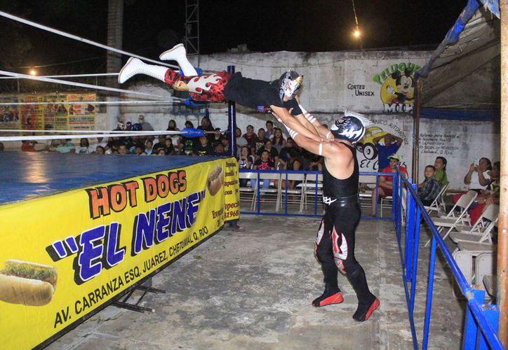 La función de lucha libre se llevará a cabo en la Arena Vidal. (Miguel Maldonado/SIPSE)