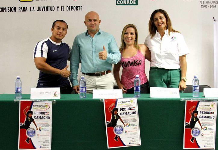 """En conferencia de prensa se anunció el Zumbathon que se realizará el sábado 26 de julio, que beneficiará a la organización """"Semillas de Esperanza"""". (Francisco Gálvez/SIPSE)"""