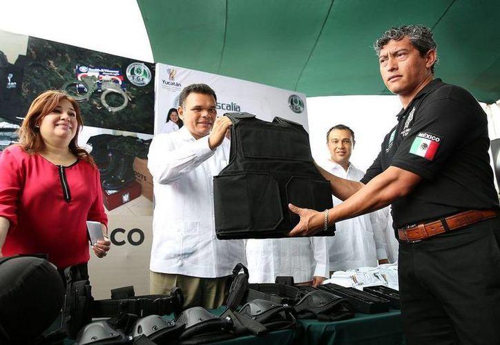 En Yucatán, 112 agentes de policía tienen títulos como técnico superior universitario. (Cortesía)