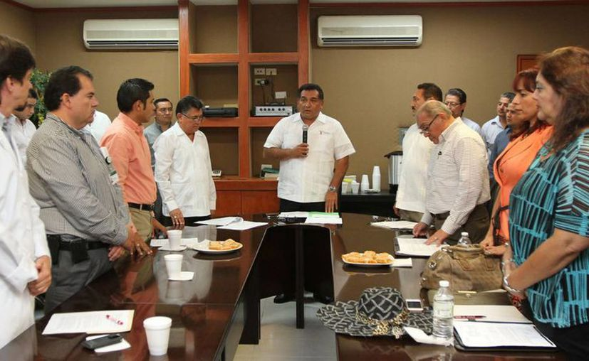 Víctor Caballero Durán, secretario de Gobierno, instala el comité del Centro Estatal de Trasplantes. (Cortesía)