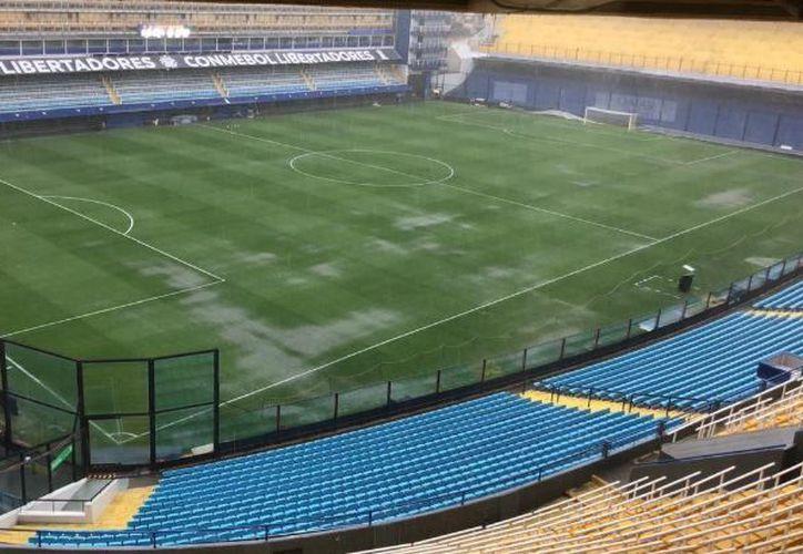 El primer partido de la final de la Copa Libertadores, entre Boca Juniors y River Plate se reprogramó para este domingo. (TN)