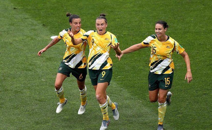 Las australianas estaban obligadas a sumar los tres puntos en el Stade de la Mosson. (Foto: Imagen de FIFA)