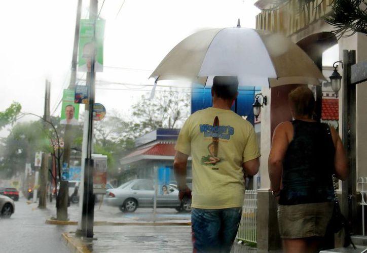 Las intensas lluvias son una constante que ha traído varios problemas en las últimas semanas en varios estados de México. (Notimex)