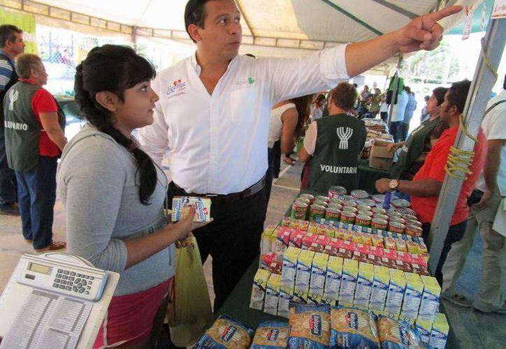El objetivo de Liconsa es que la gente más necesitada, de cualquiera de los 106 municipios, pueda adquirir leche subsidiada. (Foto cortesía del Gobierno estatal)