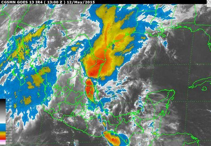 En la Península de Yucatán dominará clima despejado a medio nublado, probabilidad de lluvias de 20 por ciento, temperaturas templadas por la mañana y noche, muy calurosas durante el día. (smn.cna.gob.mx)