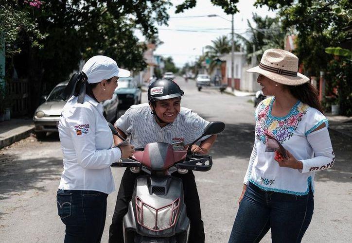 Marybel Villegas Canché, candidata al Senado de la República por la coalición 'Juntos Haremos Historia' se comprometió a regresar la seguridad a Cozumel. (SIPSE)